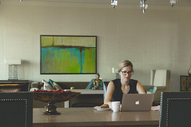 How to find (and land) a legitimate job that lets you work from home