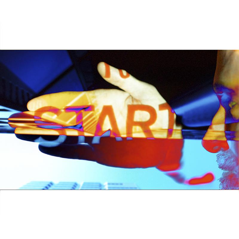 "graphic that says ""start"""